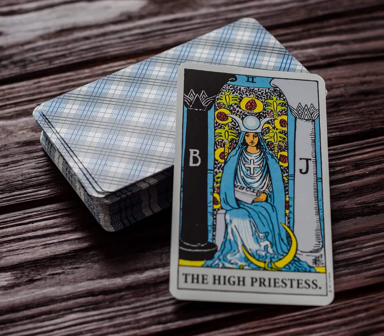 La Sacerdotista en el Tarot