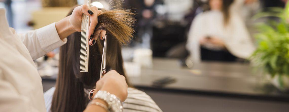 Soñar con cortarse el pelo